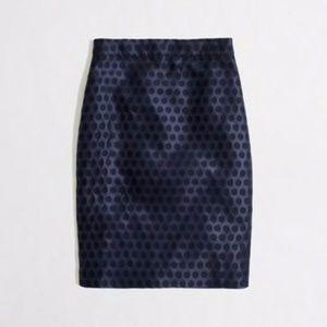 J.CREW Factory pencil skirt in polka dot - SIZE 6